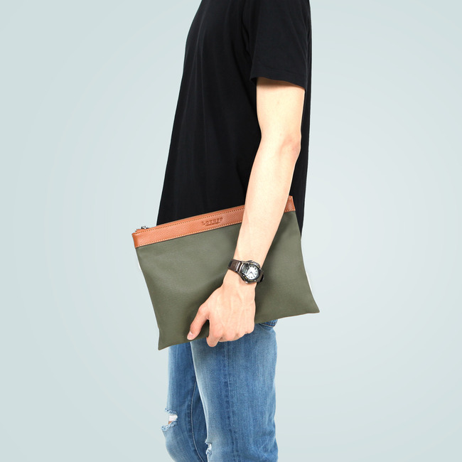 LEATHER X WAXED CANVAS CLUTCH