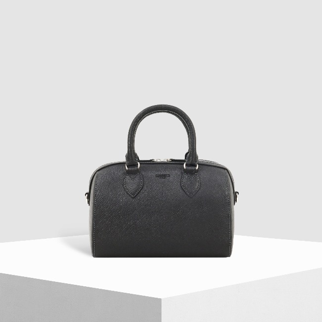 Chelsea Leather Tote BK
